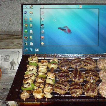 a.daa-small-Laptop-Barbecue.jpg