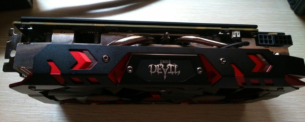 POWERCOLOR-RX-580-Red-Devil-2.thumb.jpg.95bf96e0d4909b94bfff900f93d5ccb6.jpg