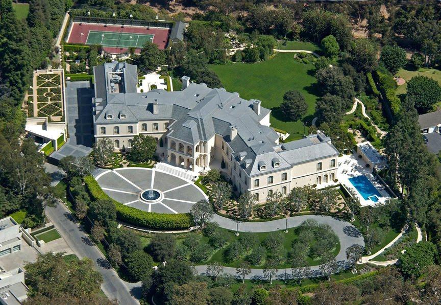 The-Manor.jpg.b1dd19c97291db15fd2b485c56814378.jpg