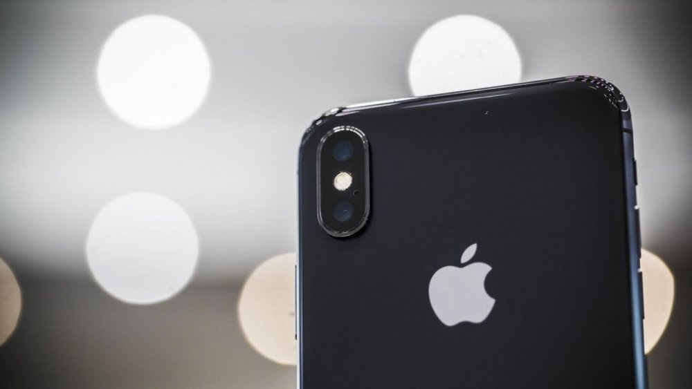 apple-091217-iphone-x-3982.thumb.jpg.d792bcd14d03caba2645c92280576f5e.jpg