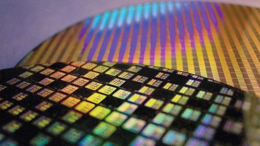 tsmc_wafer_semiconductor_chip_300mm_fab_3.thumb.jpg.9832b373492e88a9d36734205daefa4d.jpg