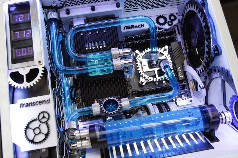 CM-Chrono-Master-5.jpg.e017d6f7db145db6f37918260103a36e.jpg