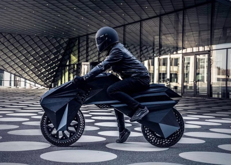 nera-big-rep-3d-printed-electric-motorcycle-designboom-1.jpg.a37b5c88649c23cb9ec950438d48a1ec.jpg