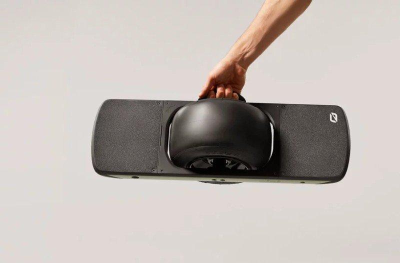 onewheel-pint-one-wheeled-skateboard-designboom-4.jpg.0456b4db0b28fff56b7666df6c0c6c1e.jpg